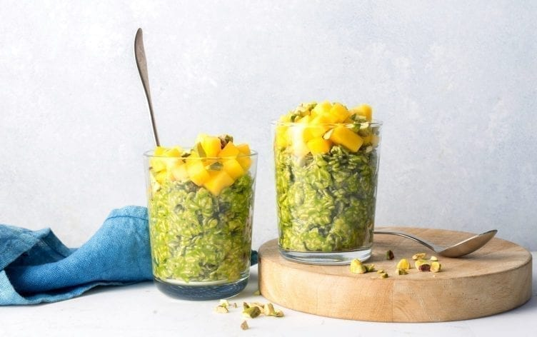 Green Smoothie Overnight Oats