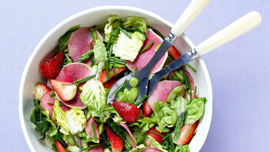 Spring Salad with Strawberries
