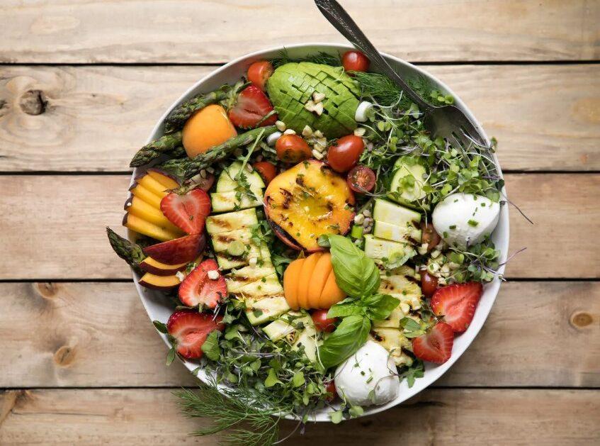 Grilled Peach, Corn, Zucchini and Asparagus Summer Salad